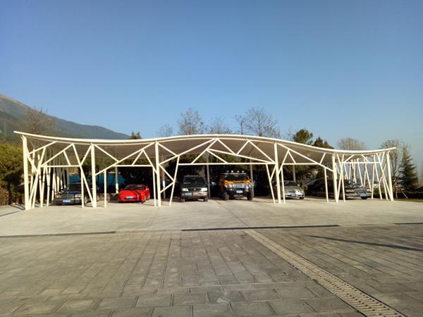 大理沧海高尔夫停车场膜结构